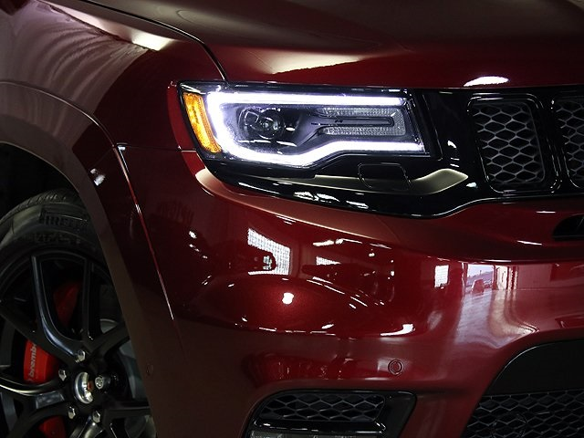 New 2018 jeep grand cherokee srt sport utility in chicago 61125 new 2018 jeep grand cherokee srt fandeluxe Images